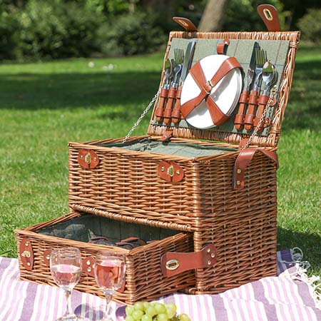 Vintage Wicker Picnic Baskets