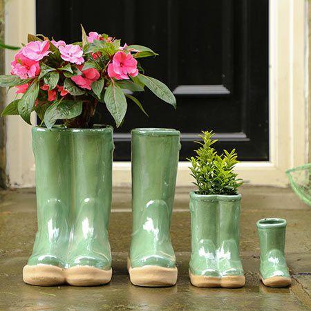 Rustic Plant Pots & Garden Planters